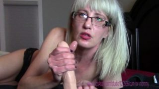 Cum for Mommy – Keep Mommy Warm