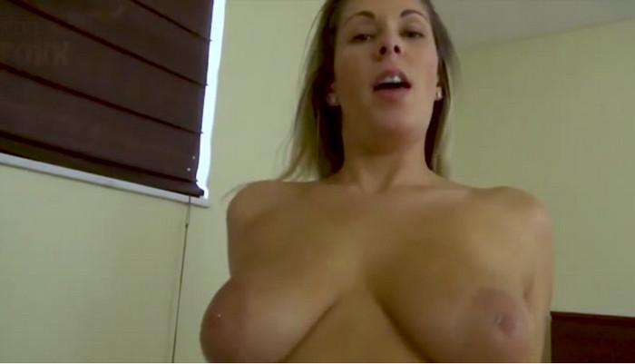 Nikki Brooks – Mommy Fucks Resting Son
