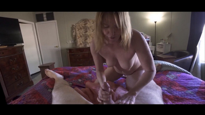 Heather Sin – Mom Deals With My Bully Coomplete Series Wca