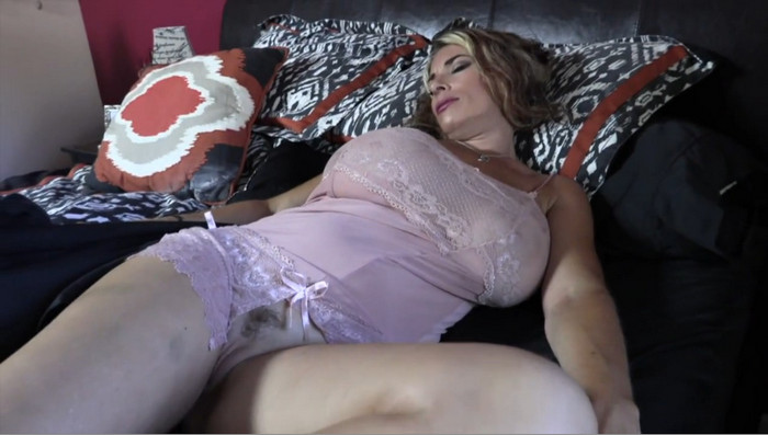 Goldie Blair – My Wet Dreams