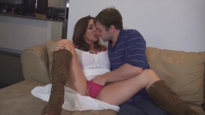 Rachel Steele MILF1772 – Mothers Attention