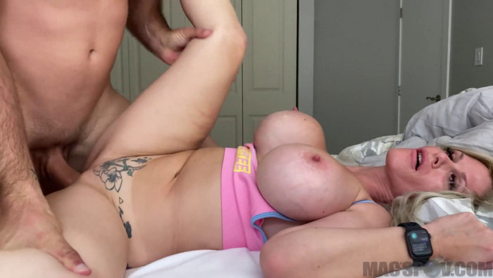Casca Akashova – Huge Titty Mommy Consoles Step-Son s Big Dick with her Tight Pussy