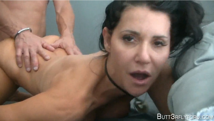 Butt3rflyforU – Let's Make A Sex Video For Your Dad To Watch
