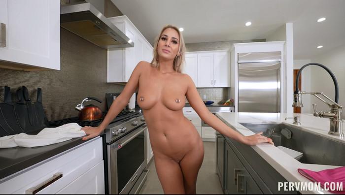 PervMom Jordan Maxx – Submissive Stepmom