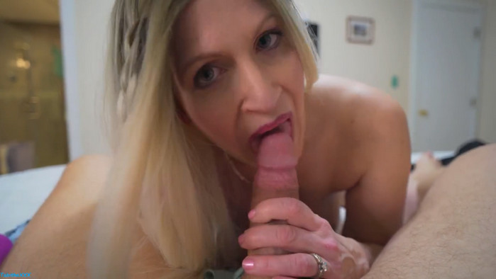 TabithaXXX – Mom/Son Dirty Panty Tease Facial