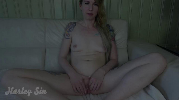 Harley Sin – Im Your Mom Now