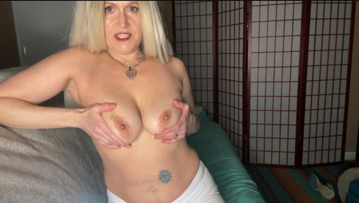 TabithaXXX – Mom Helps Son w Hard On before Date