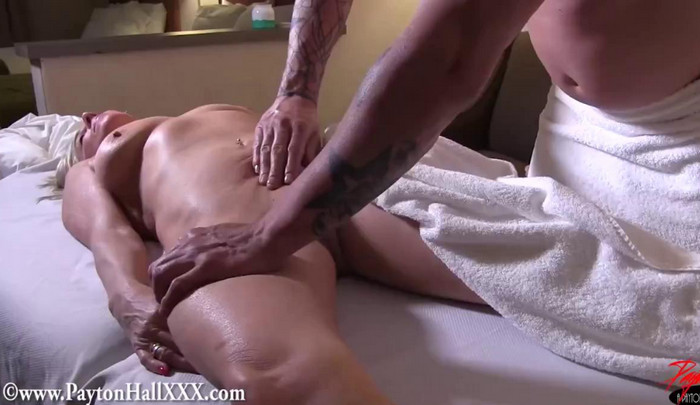 Payton Hall – Tantra Massage