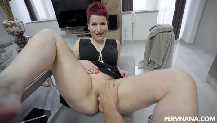 Lisa Pinelli – Naughty Nana