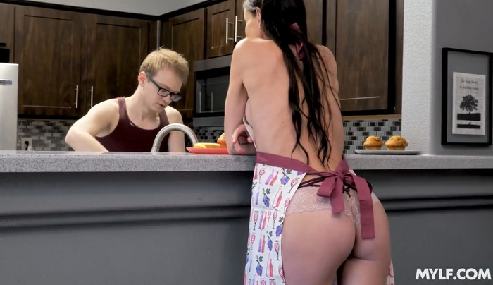 Sofie Marie – Strict and Dicked